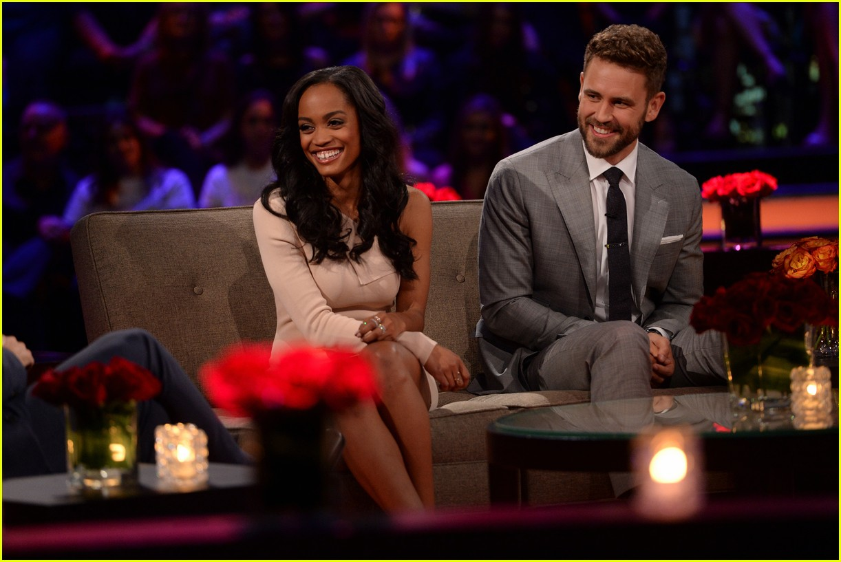 rachel lindsay the bachelorette started live tonight 133873556