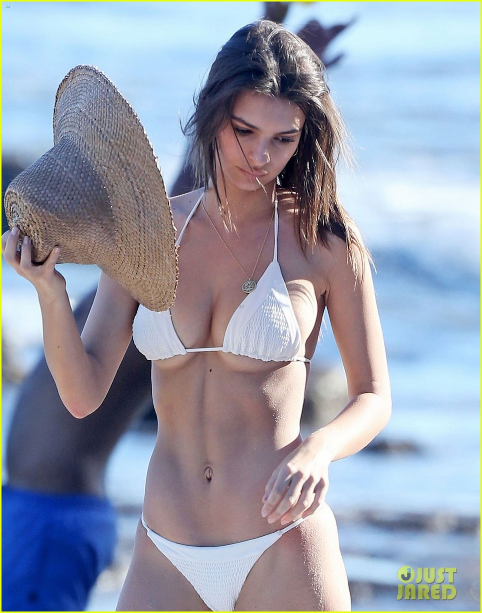 1f06057d23 Emily Ratajkowski Strips Down to Bikini at the Beach with Boyfriend Jeff  Magid!