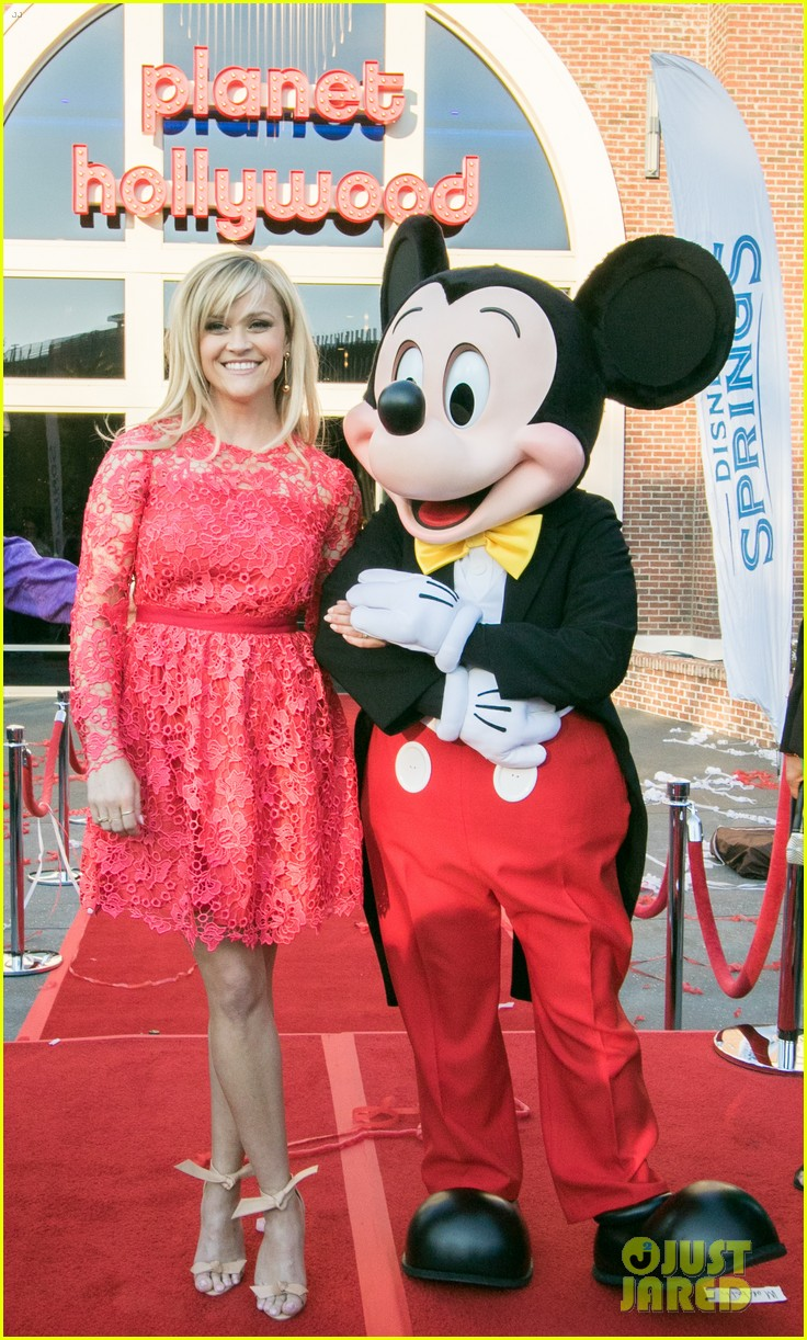 reese witherspoon attends grand opening of planet hollywood disney springs 013875658