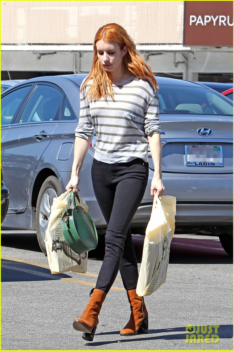 Emma Roberts Channels Younger Aunt Julia With New Brunette
