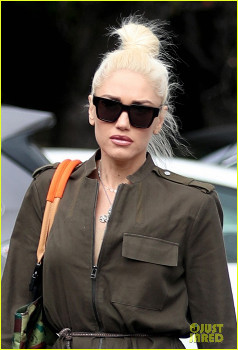gwen stefani opens up about writing no doubts just a girl 033870749