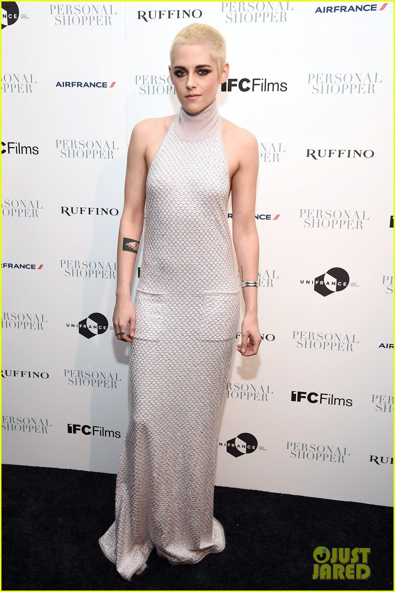 Kristen Stewart Just Wore Her Fiercest Red Carpet Outfit Yet