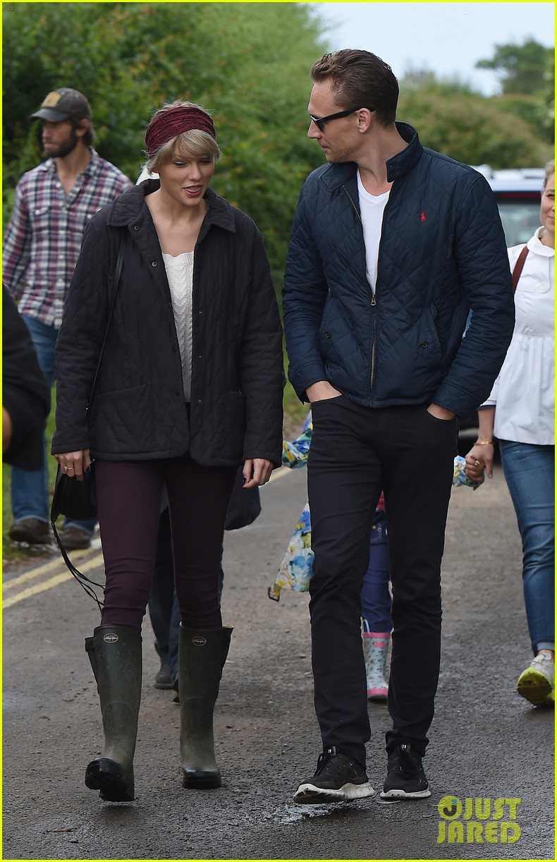tom hiddleston taylor swift relationship 023870800