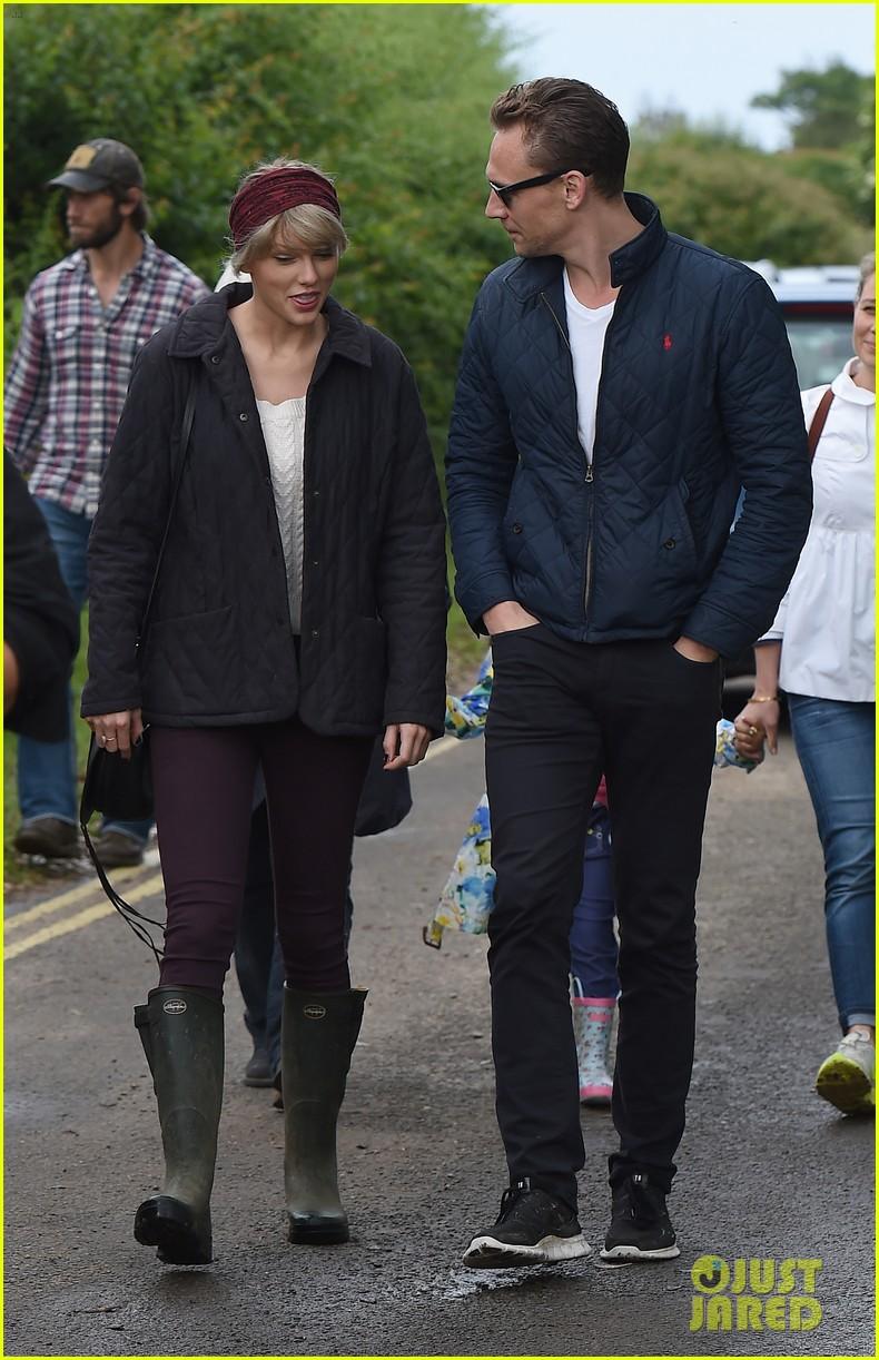 tom hiddleston taylor swift relationship 023870800