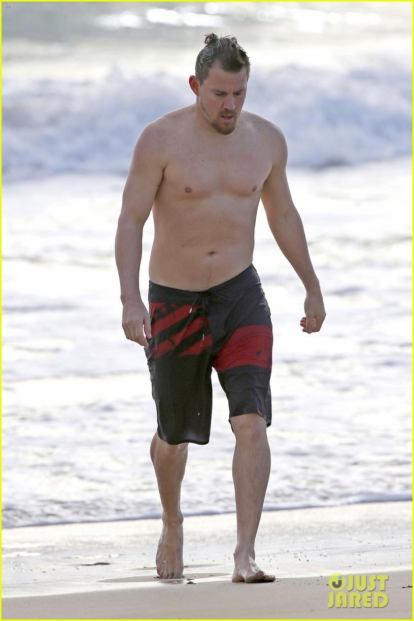 channing tatum jenna dewan beach photos shirtless bikini 013870603