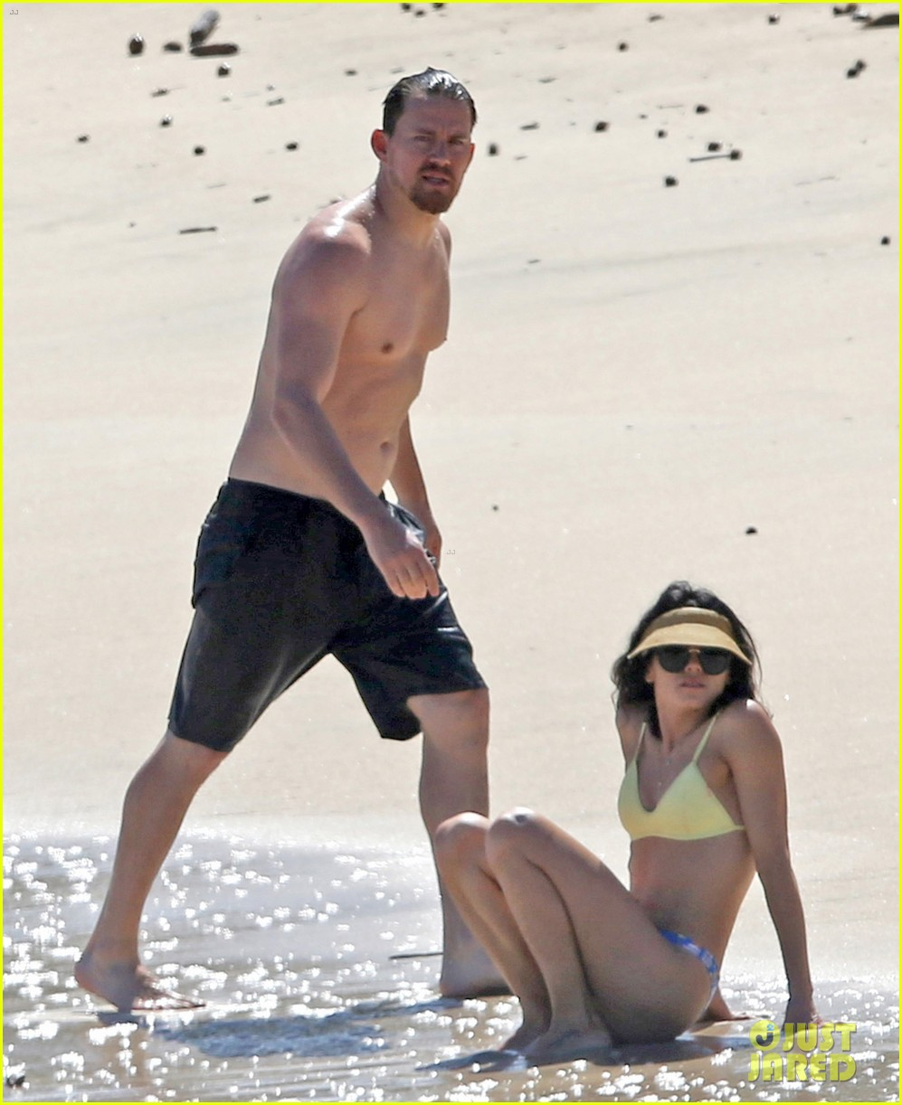 channing tatum jenna dewan beach photos shirtless bikini 033870605