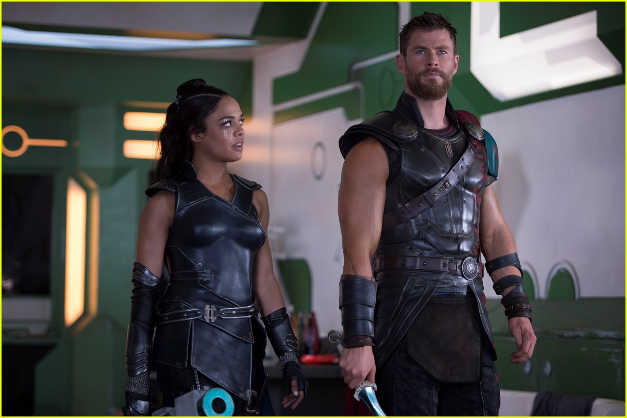 chris hemsworth thor ragnorak stills 023876503