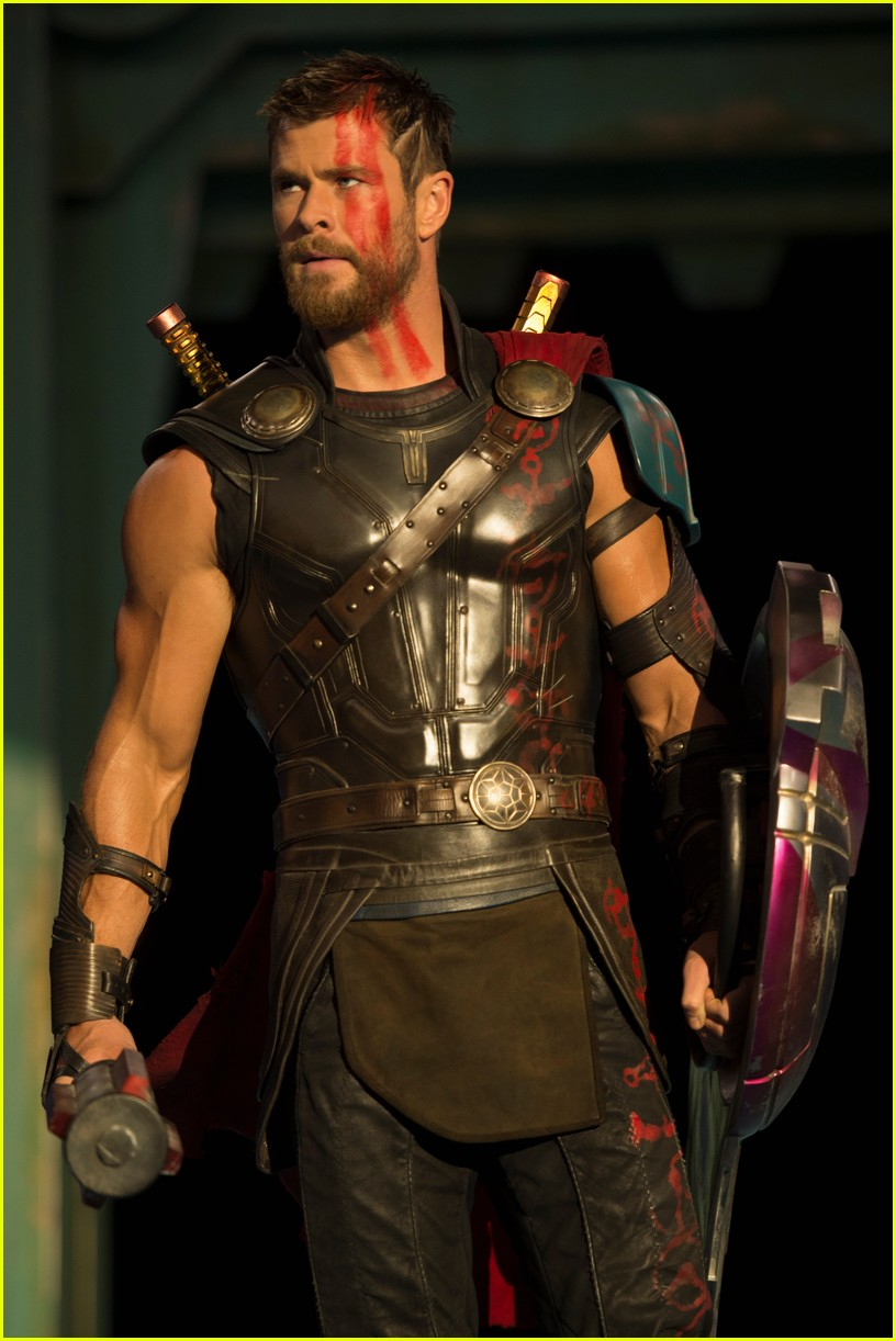 chris hemsworth thor ragnorak stills 053876506