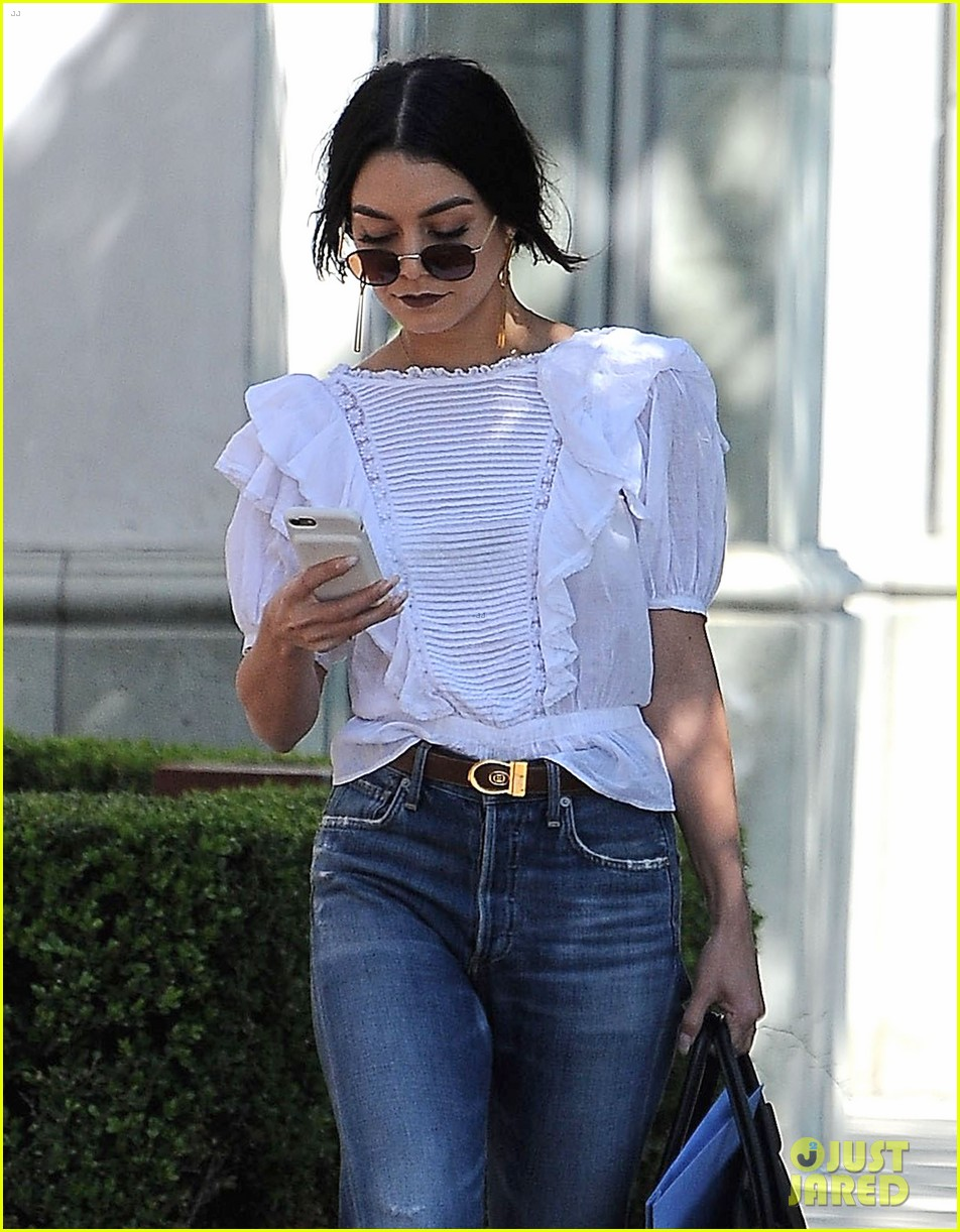 vanessa hudgens long hair nine zeo salon 023874903