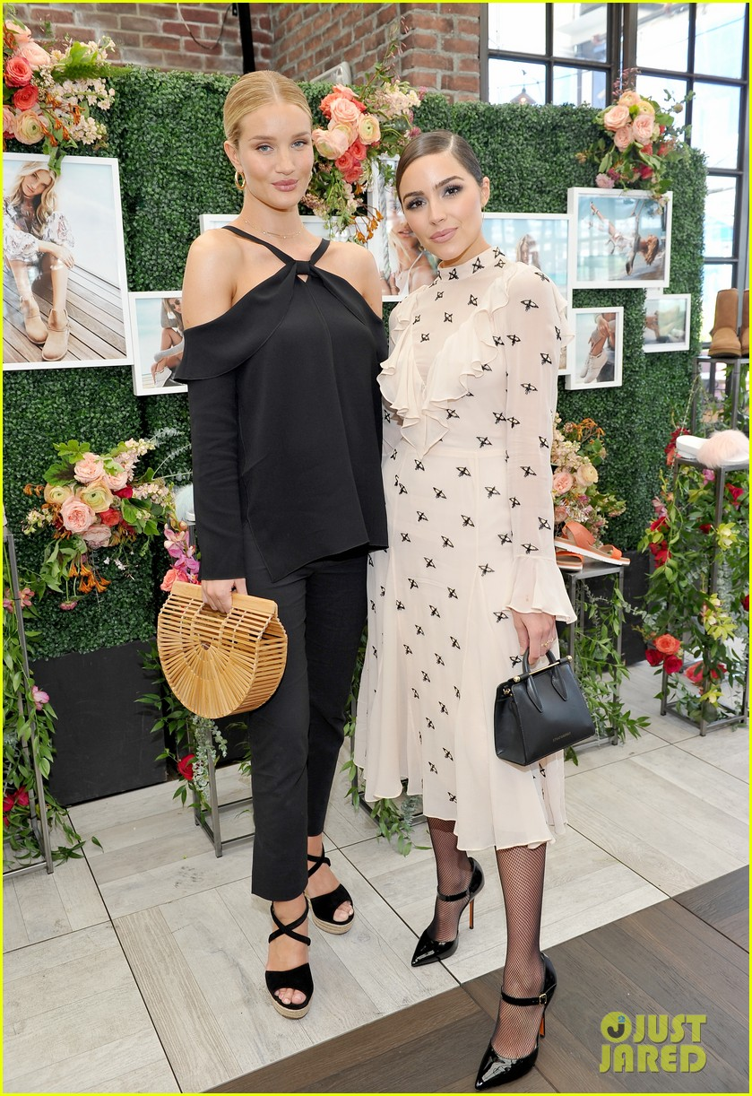 pregnant rosie huntington whiteley helps rachel zoe celebrate her spring ugg collection 053874682