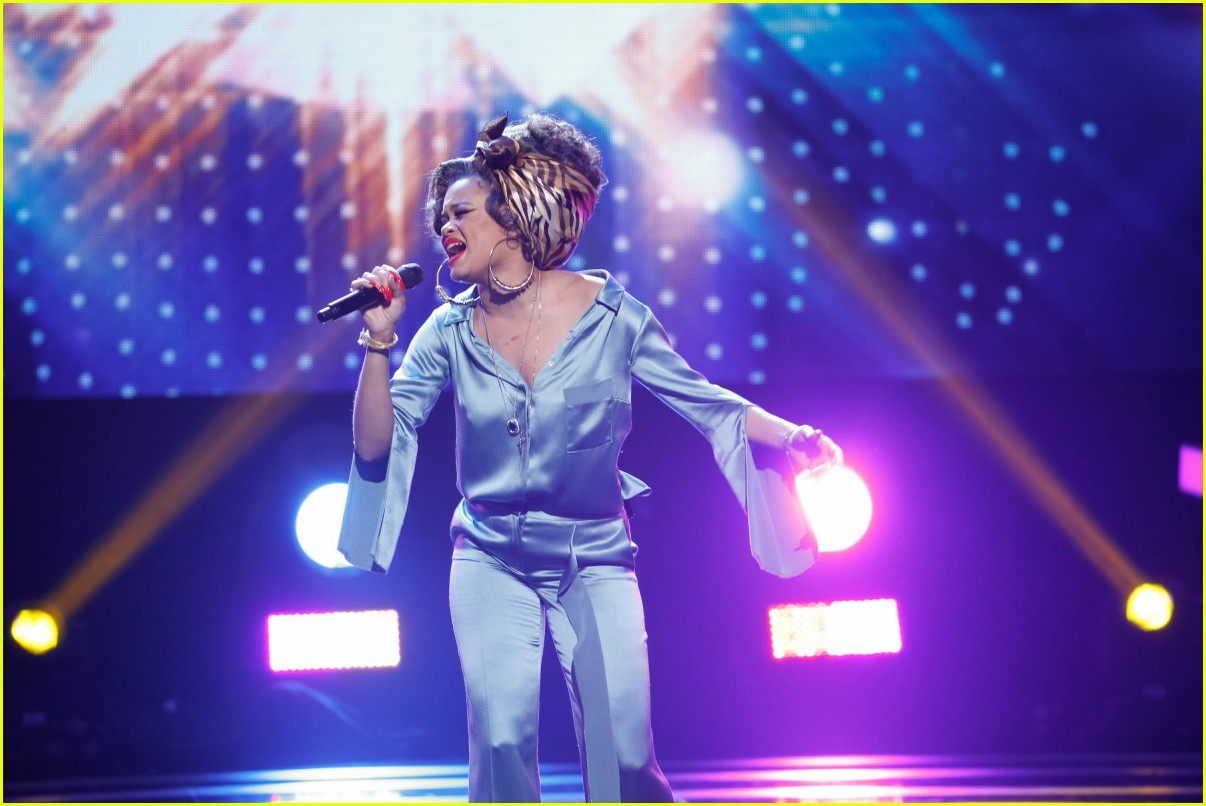 andra day bee gees tribute 013886963