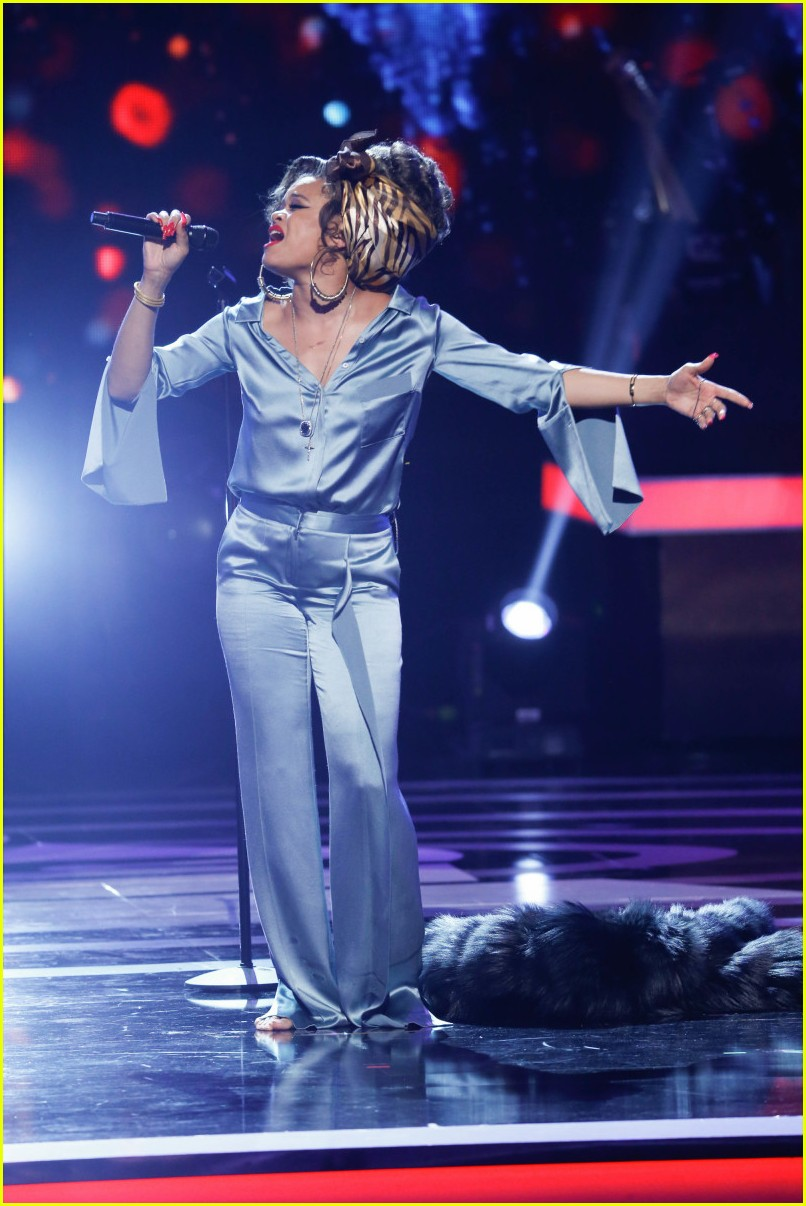 andra day bee gees tribute 023886964
