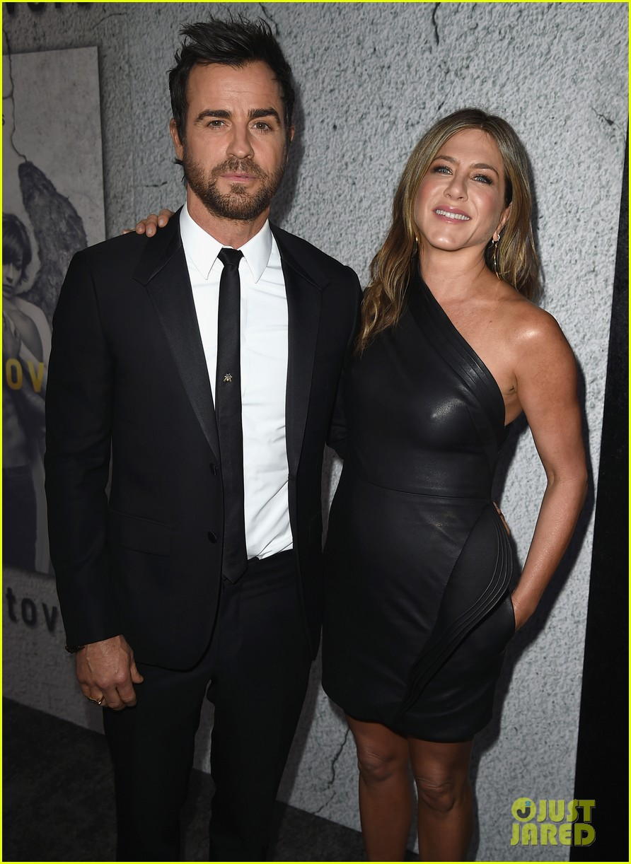 jennifer aniston justin theroux the leftovers premiere 053882183