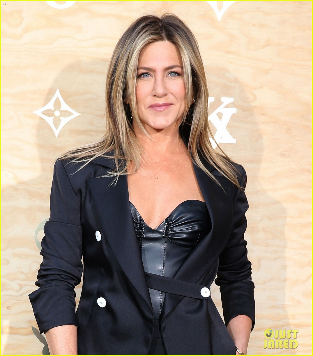 jennifer aniston justin theroux louis vuitton dinner 023884737