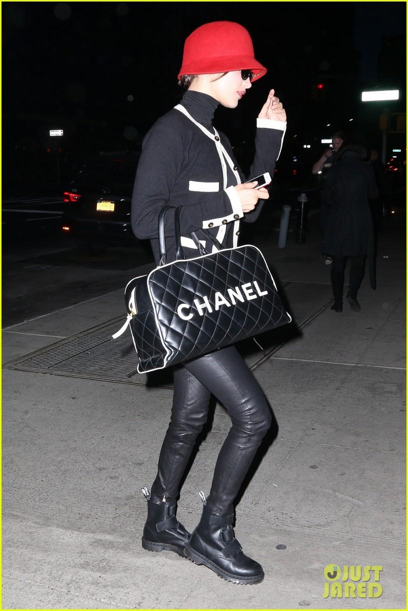 bella hadid gets fashionable in nyc 053890837