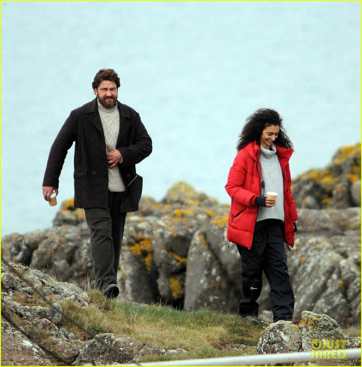 gerard butler continues filming keepers in scotland 013884075