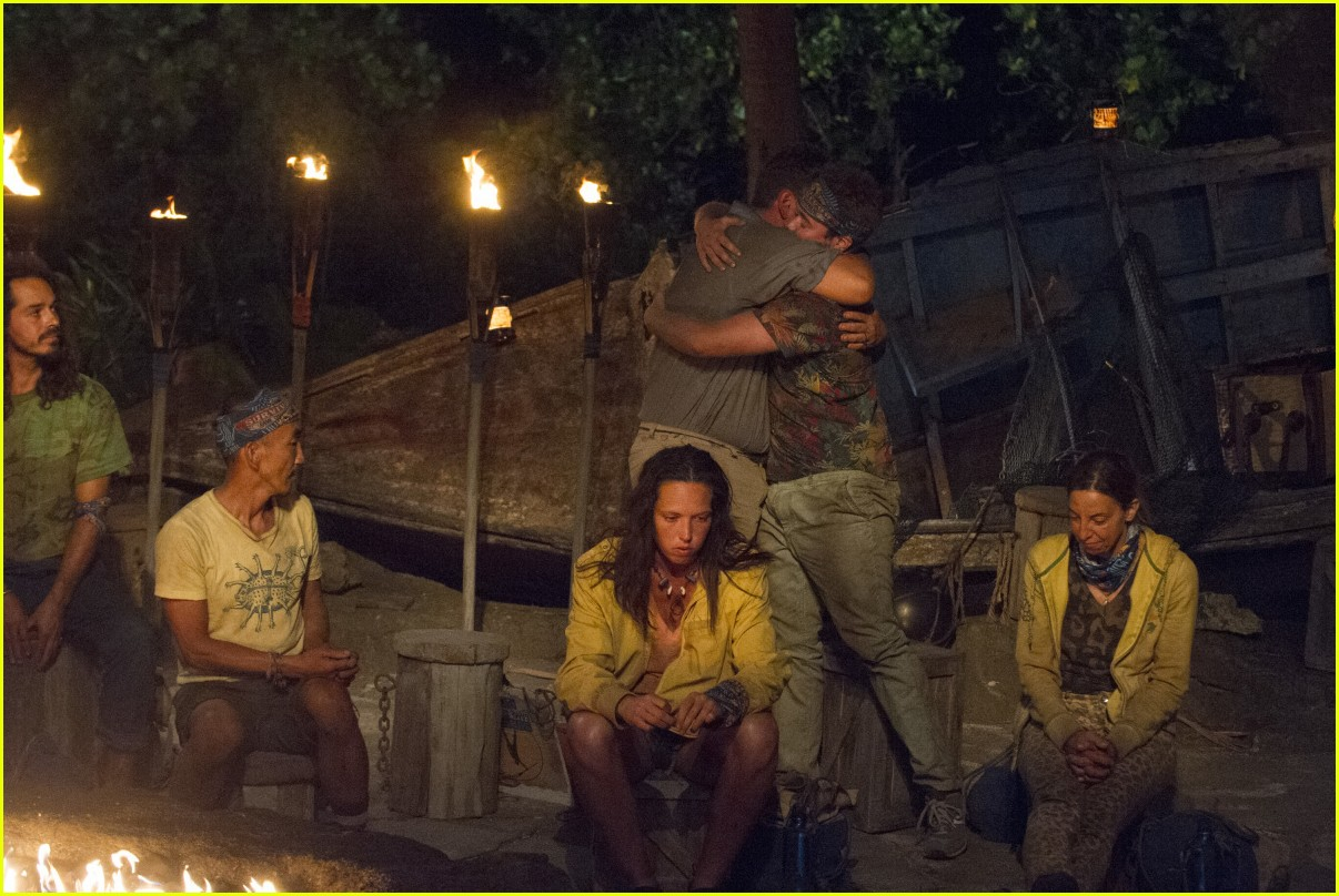 cbs stands by decision to air survivor episode 053885516