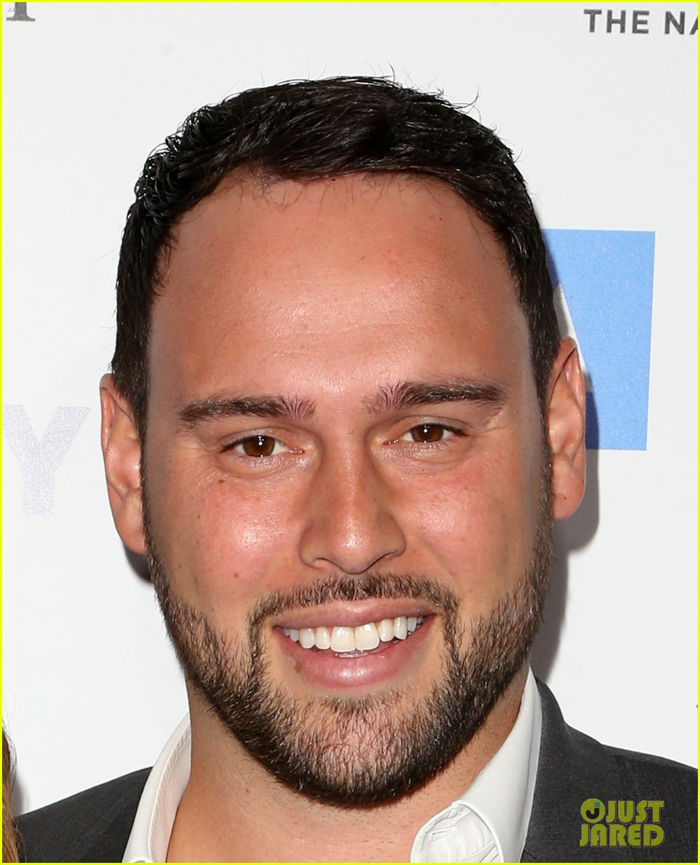 james corden jokingly compares scooter braun to united 113892125