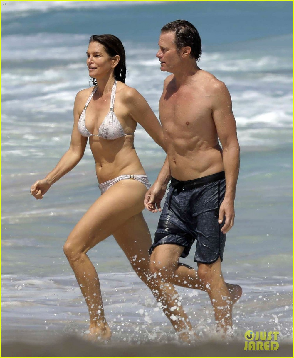 beach bikini Cindy in the crawford at