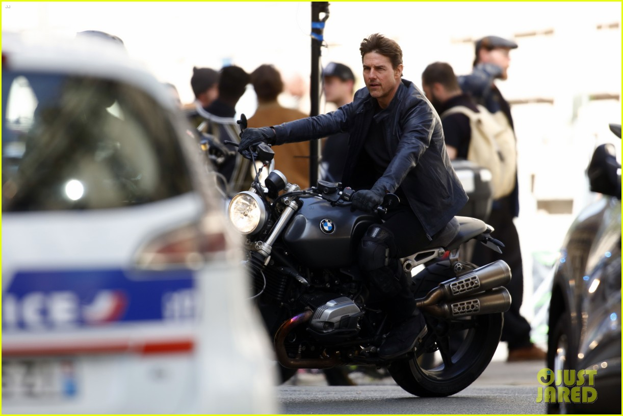 tom cruise motorcycle mission impossible 6 013884713