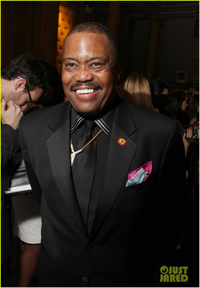 cuba gooding jr dad found dead of suspected overdose 043888575