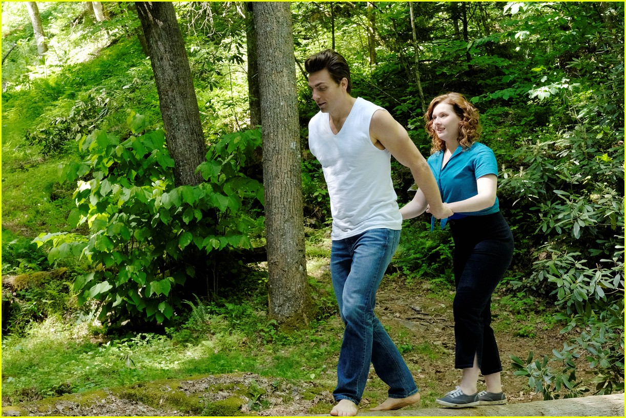 dirty dancing 2017 remake movie stills 013883036