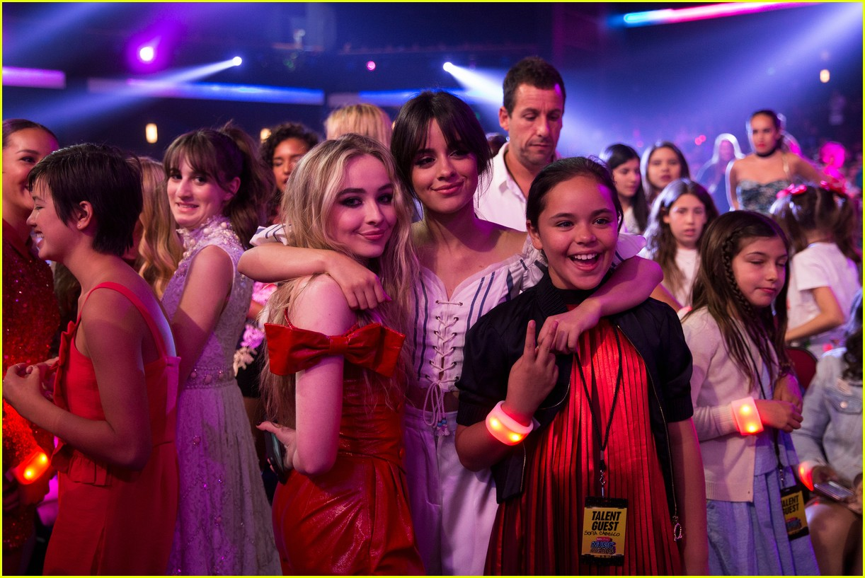 dove cameron sabrina carpenter sofia carson radio disney music awards 053891928