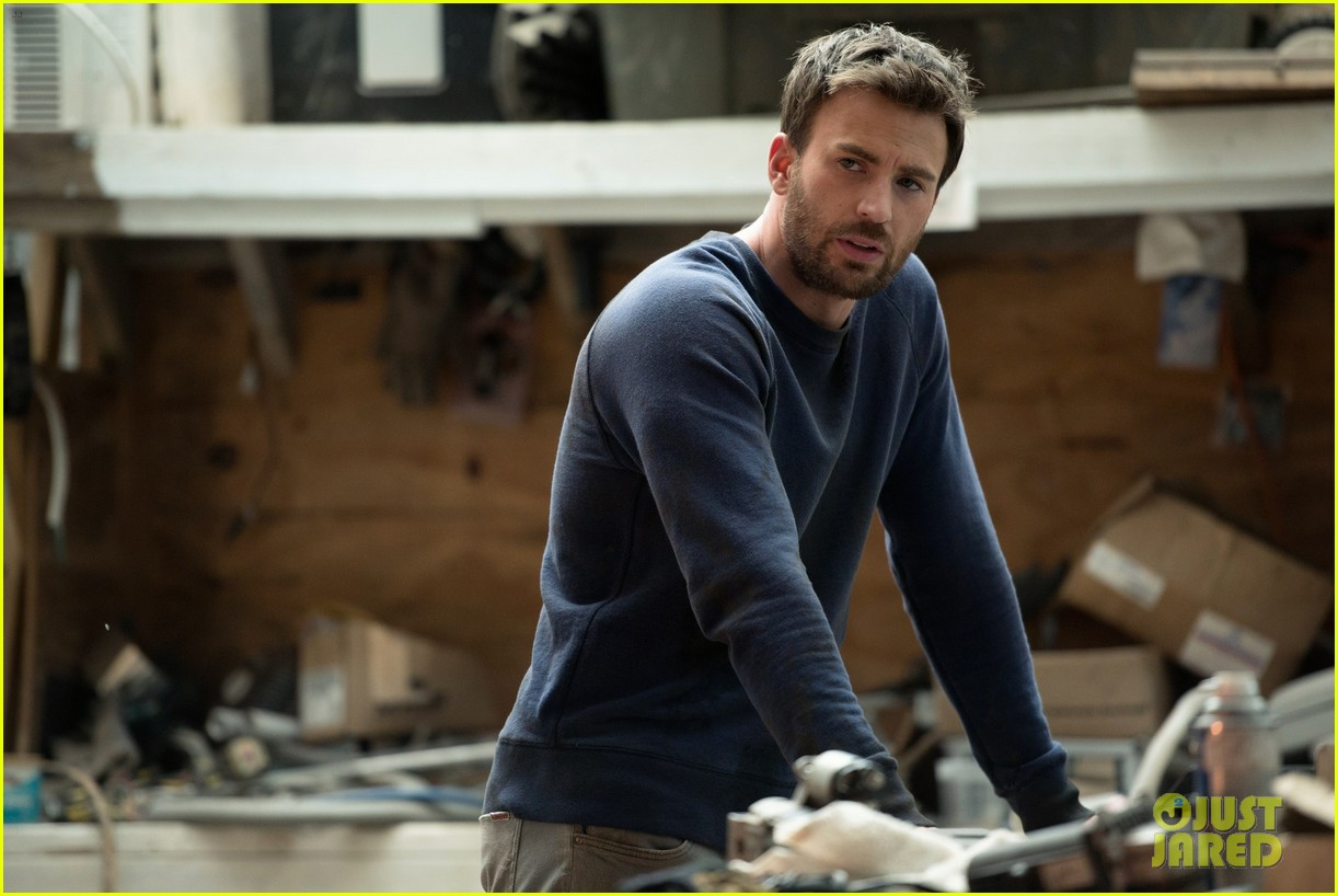 These Stills of Chris Evans in 'Gifted' Prove He'd Be a ...