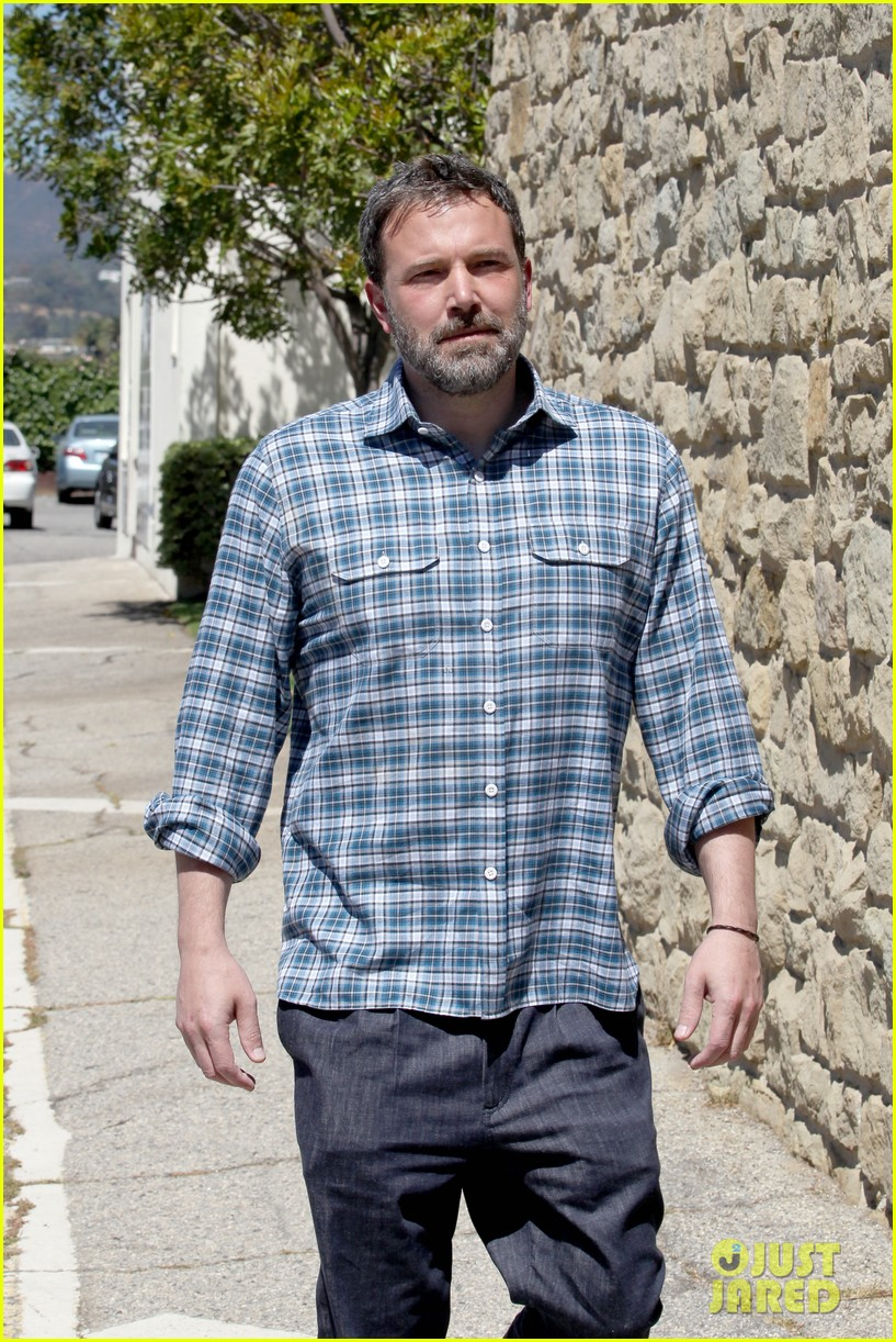 jennifer garner ben affleck reunite for sunday church service103892328