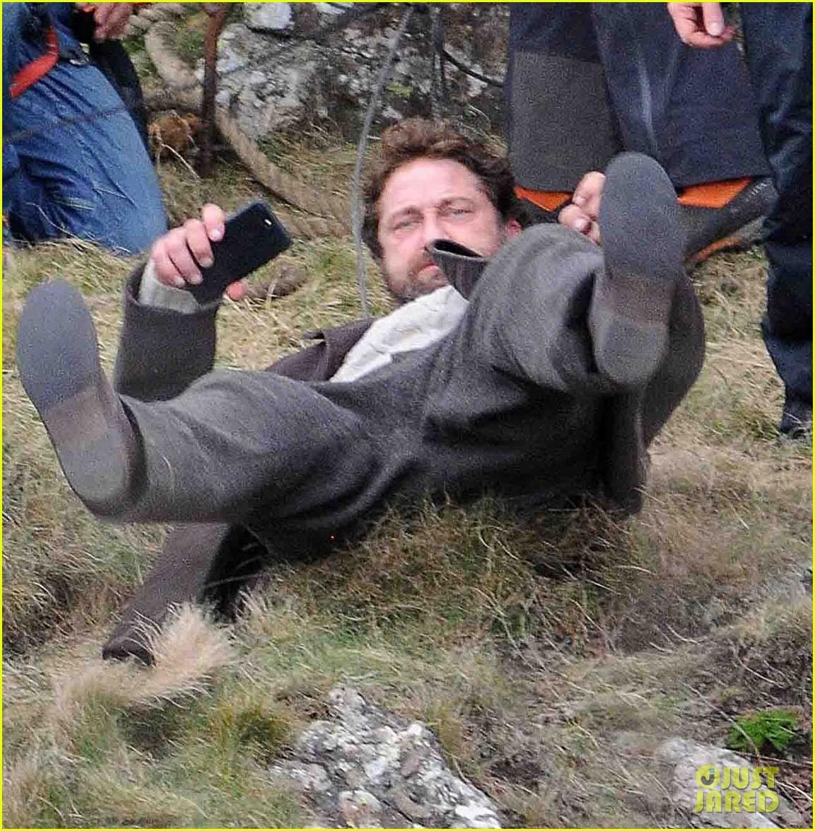 gerard butler mountain keepers scotland 013885428
