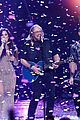 watch the bee gees barry gibb perform at grammy tribute 05