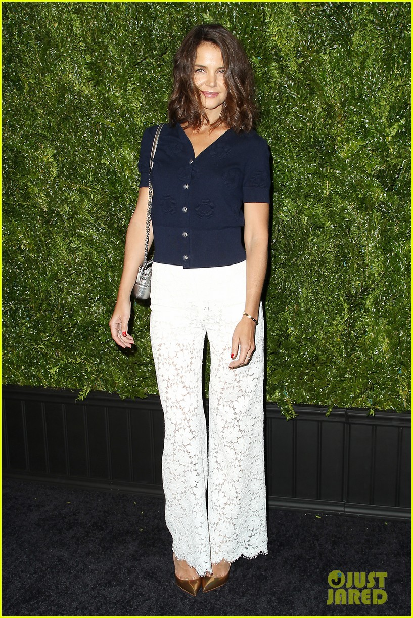 katie holmes christina ricci tribeca chanel artists dinner 023890188