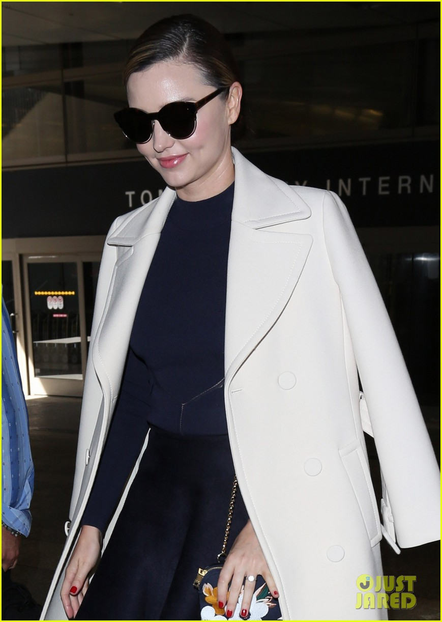 miranda kerr returns home from her trip to south korea 023882540