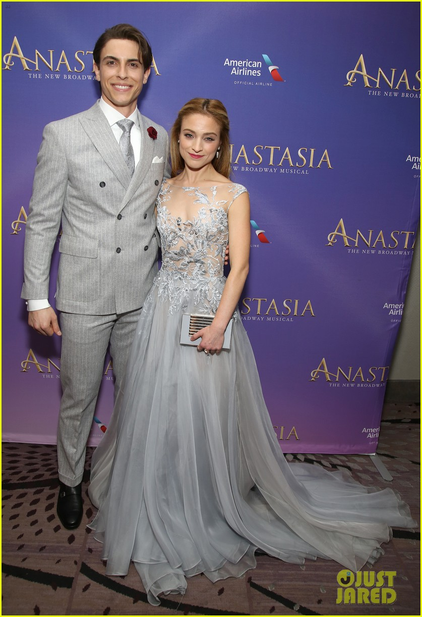 Anastasia S Christy Altomare Amp Derek Klena Open The Show