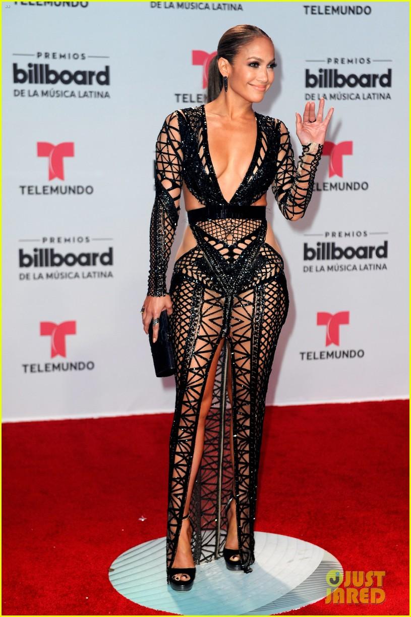 jennifer lopez bares killer figure in cut out dress at billboard latin ... Jennifer Lopez