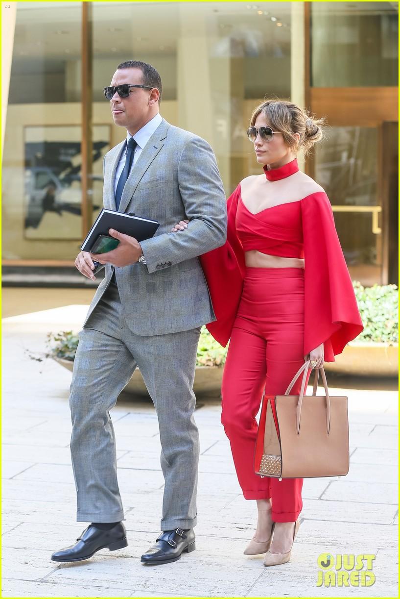 Jennifer Lopez & Alex Rodriguez Kick Off the Week Together ... Jennifer Lopez Baseball