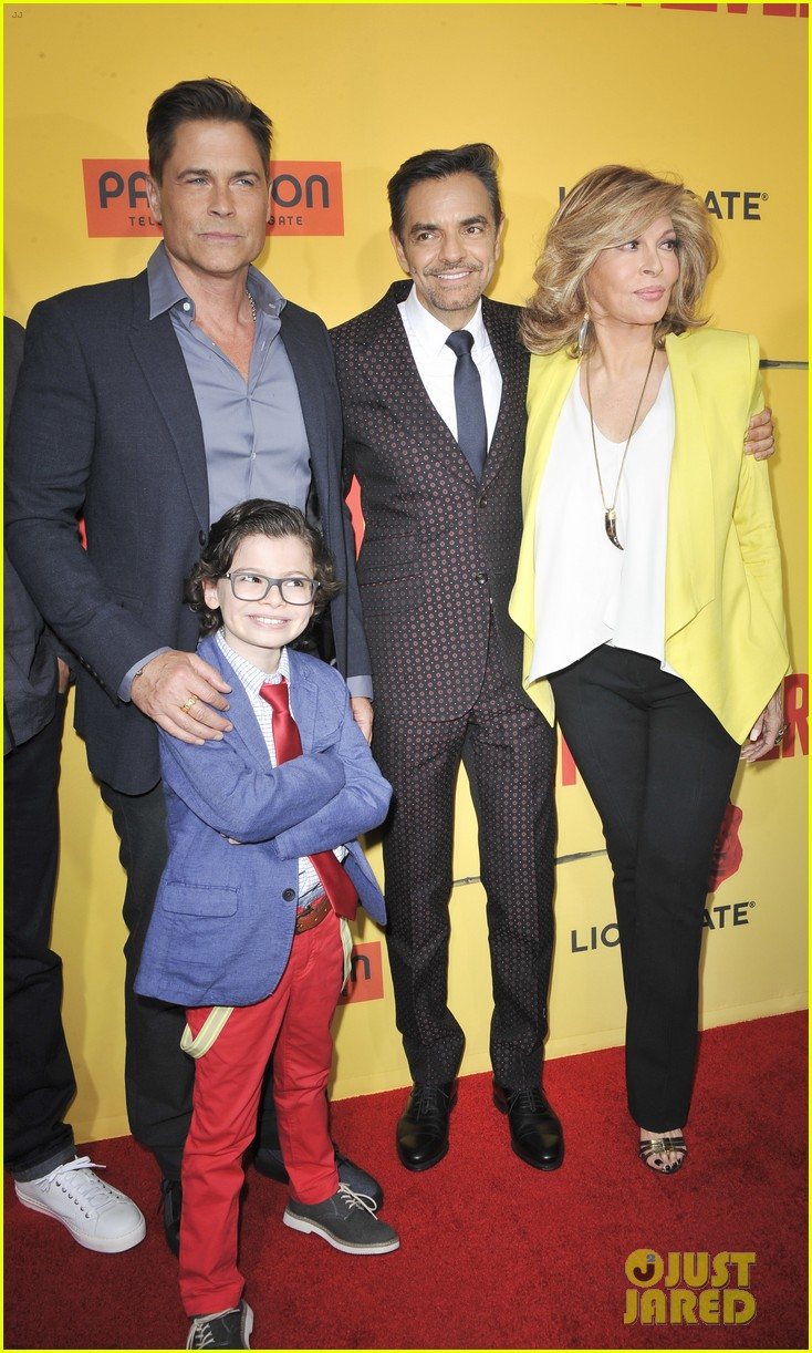 rob lowe joins how to be a latin lover cast at hollywood premiere 133891249