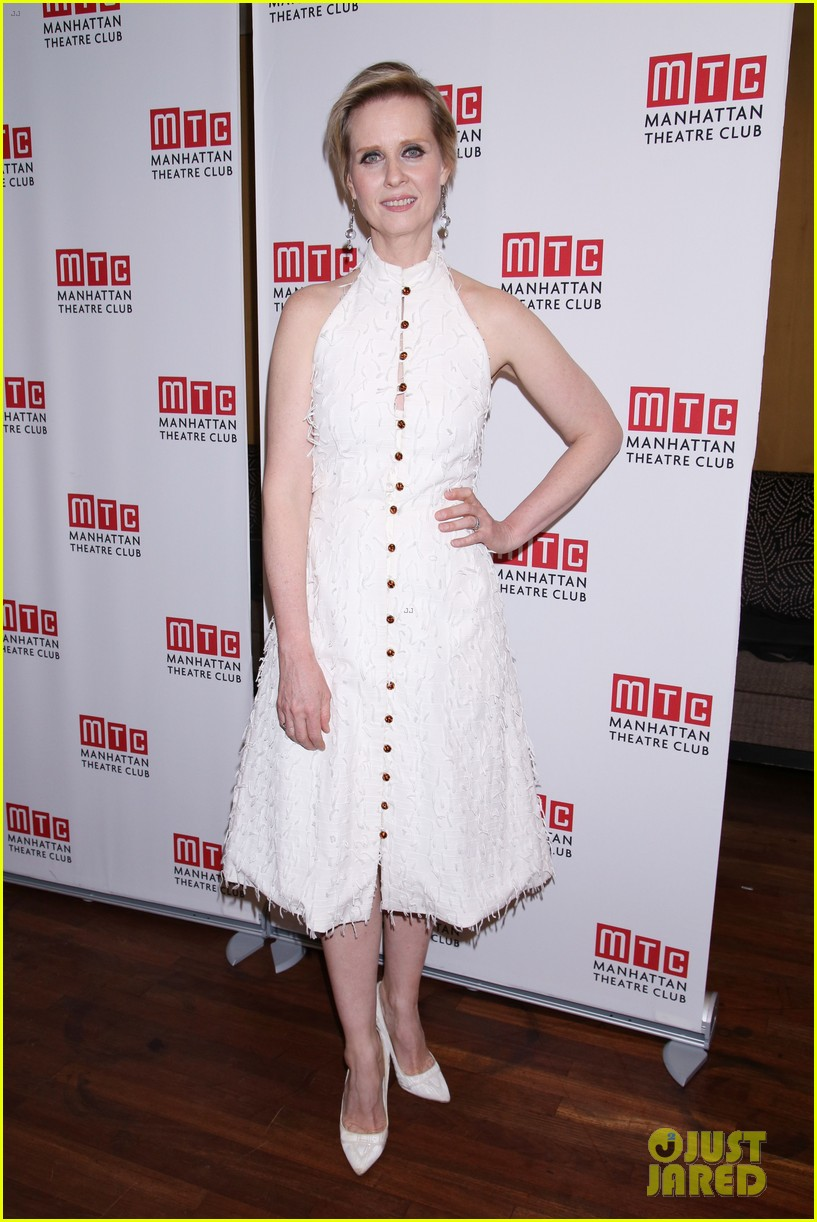 sarah paulson lily rabe have theater night at the little foxes opening 013888411