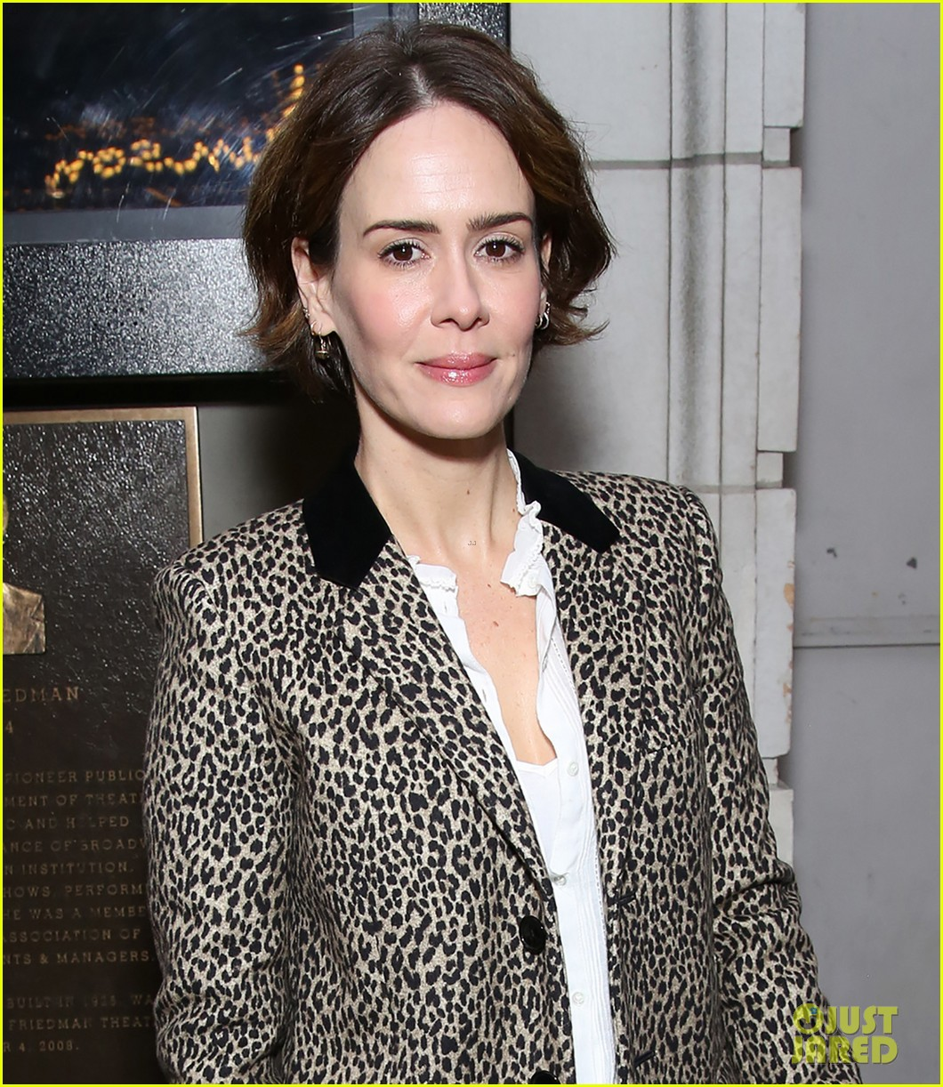 sarah paulson lily rabe have theater night at the little foxes opening 093888419