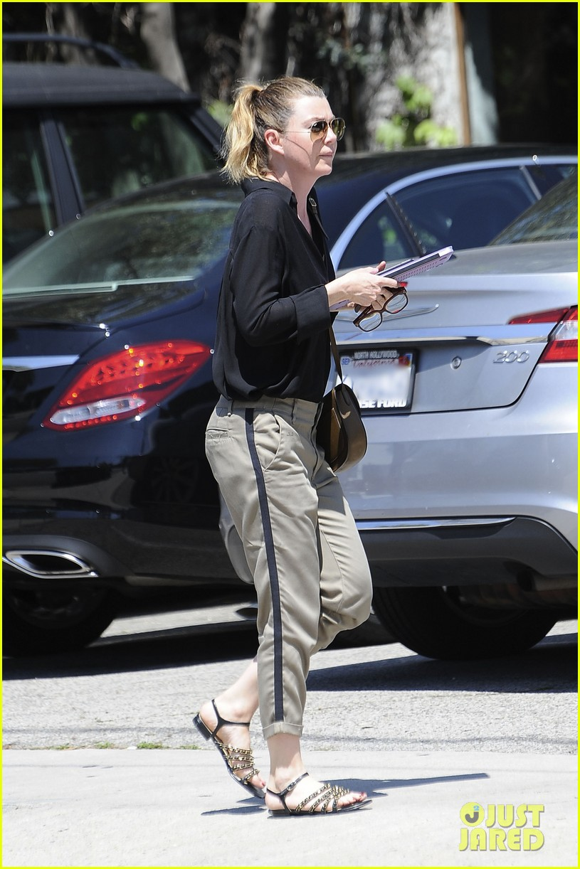 ellen pompeo heads to a meetng in a 033888865