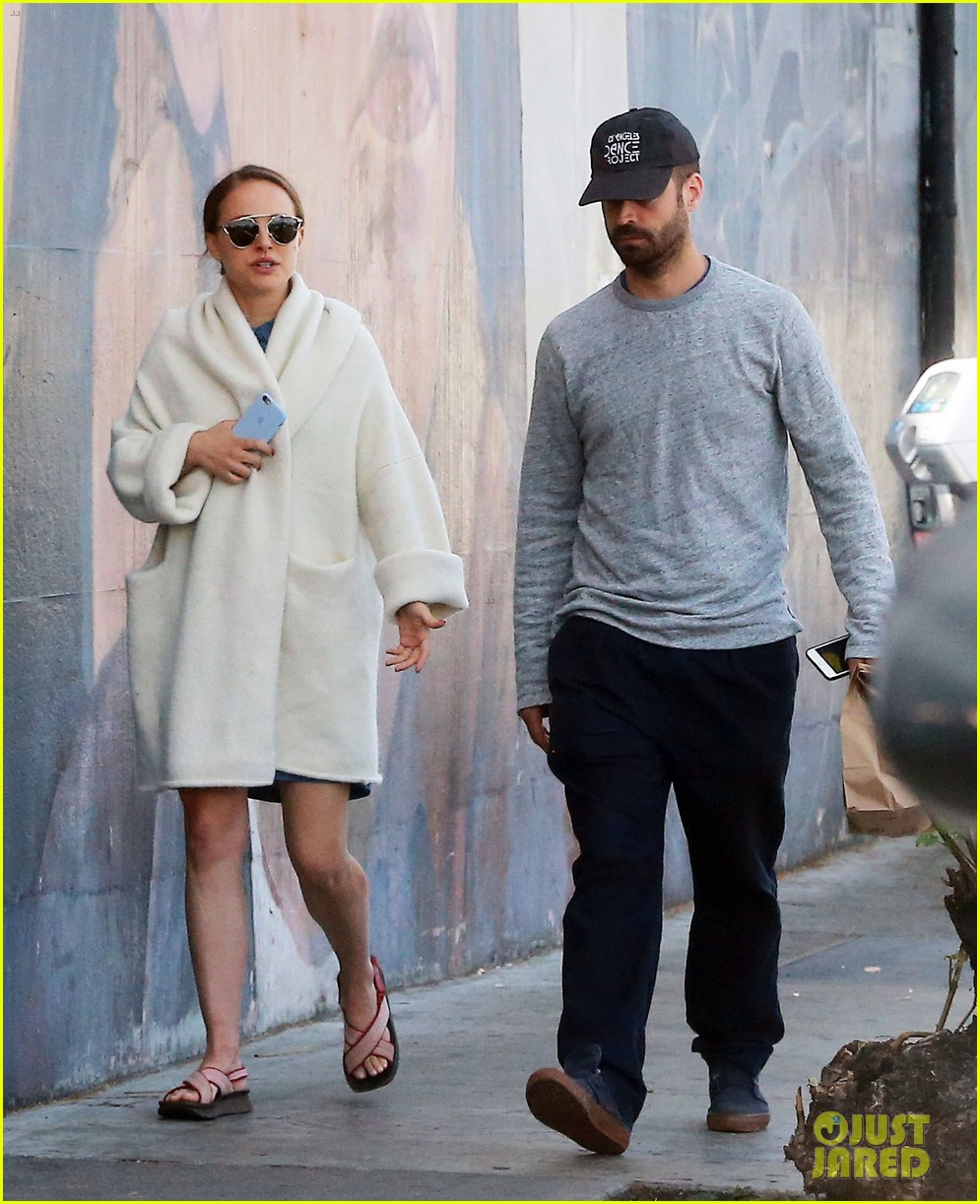 natalie portman and benjamin billepied grab lunch sans daughter amalia 013885596