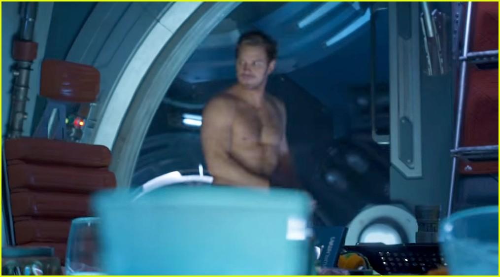 chris pratt guardians shirtless trailer 013887315