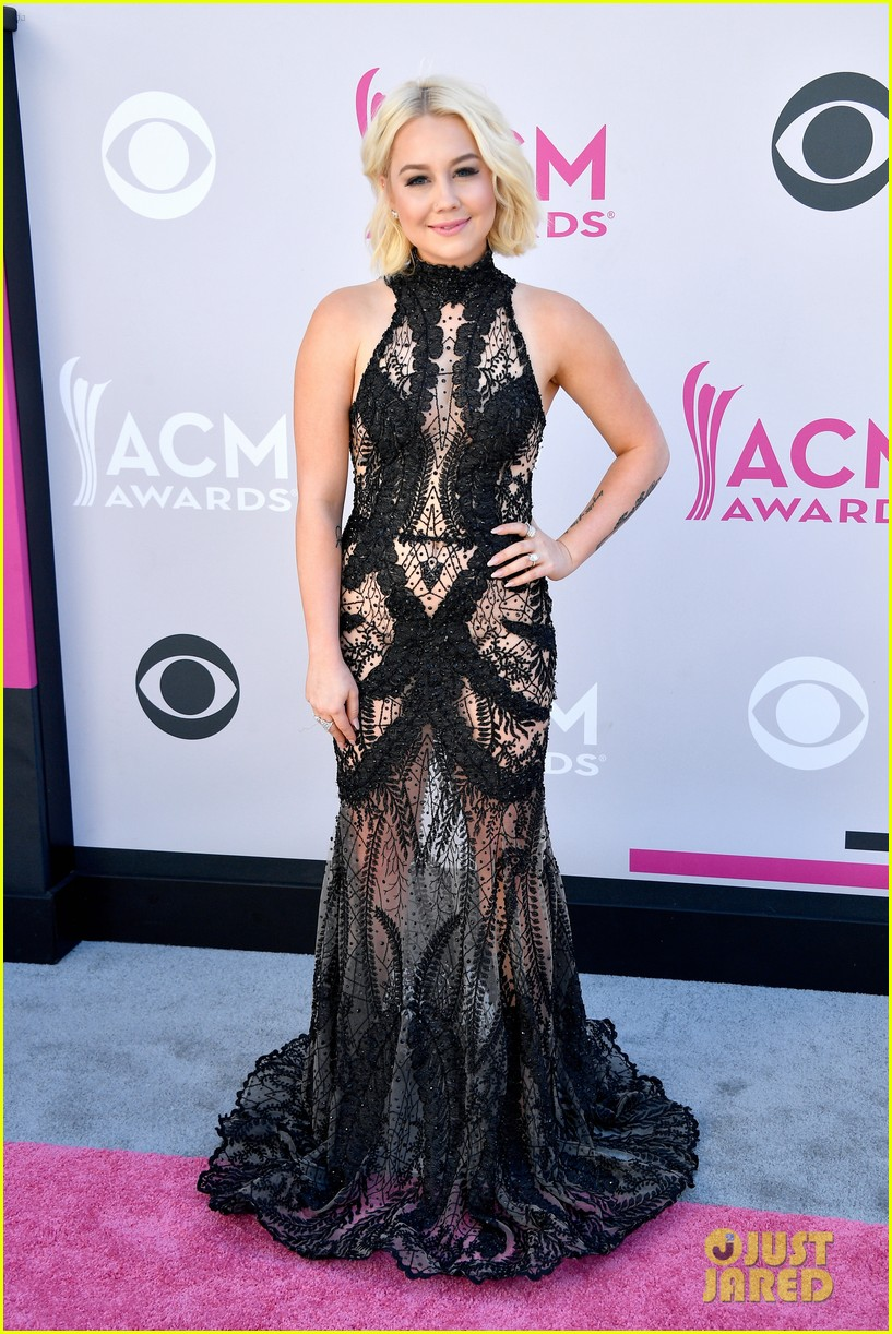 raelynn lauren alaina acm awards 013881149