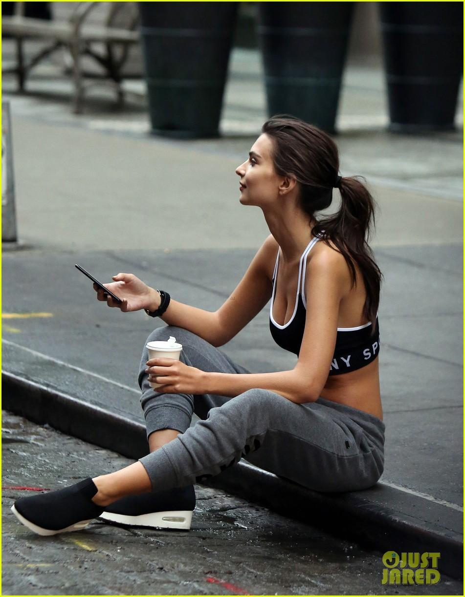 Emily ratajkowski sitting on a power trike emrata ig june 29 2019 nude (51 photos), Paparazzi Celebrites pictures