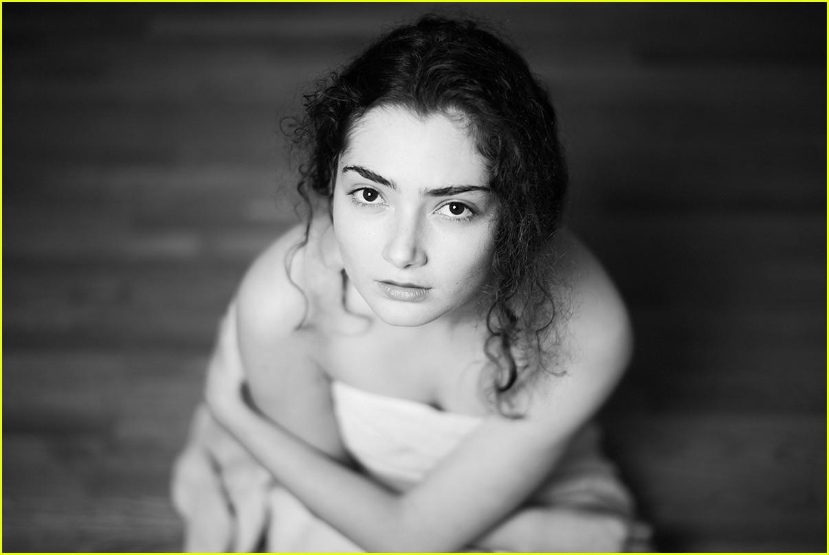 Jodie Whittaker,Peter Wyngarde (1927-2018 (born in Marseille, France) Erotic tube Alec Guinness (1914?000),Mayumi Yamamoto