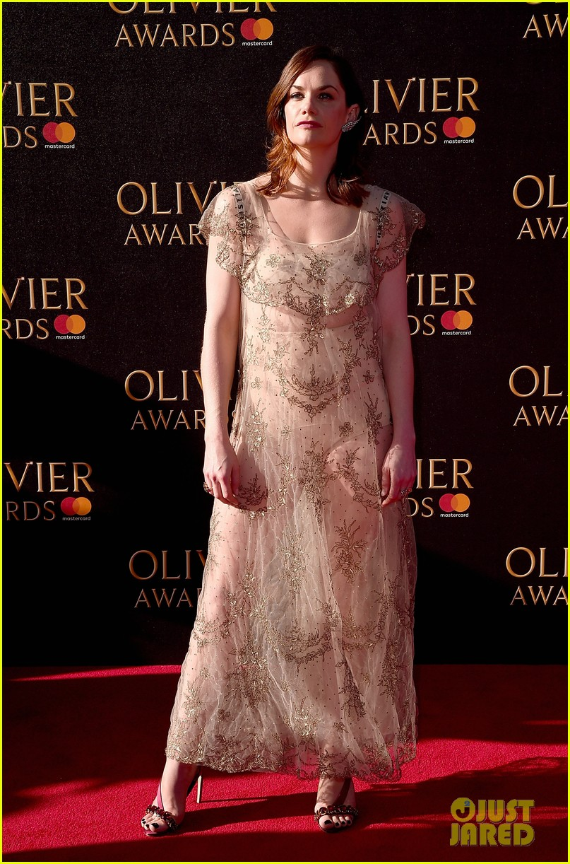 kit harington rose leslie 2017 olivier awards 013884213