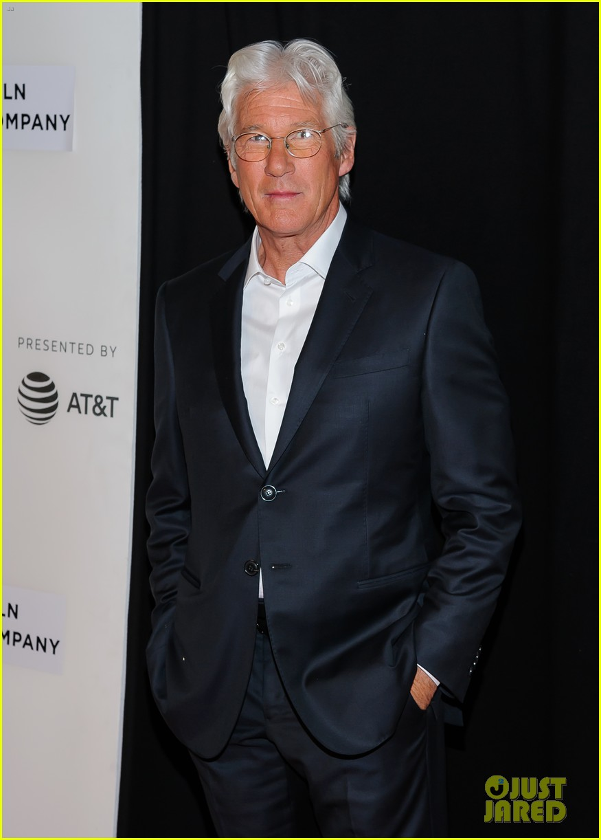 chloe sevigny says her the dinner co star richard gere is a real movie star 043890358