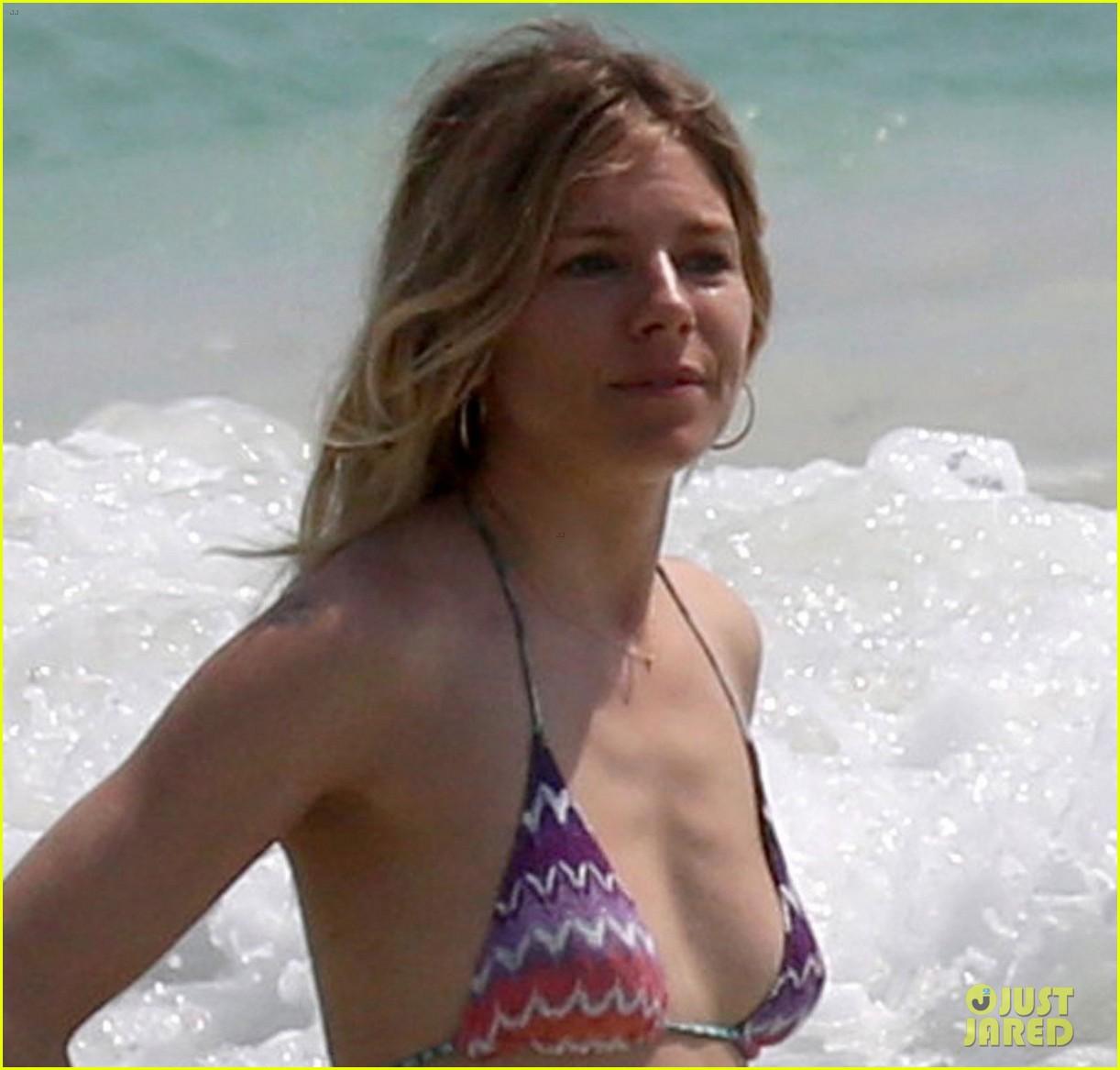 Sienna Miller Hot Nude 70