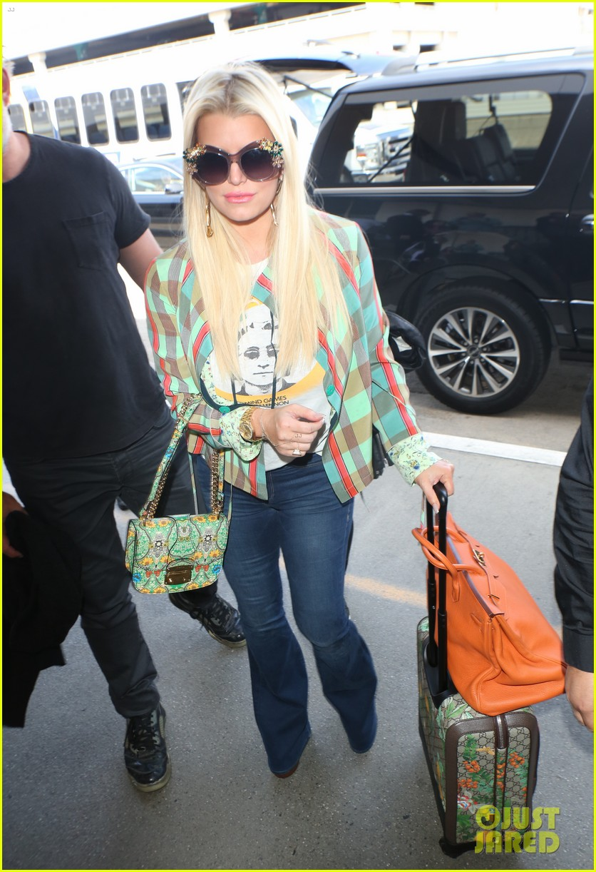 jessica simpson husband eric johnson fly out of town together 013887684