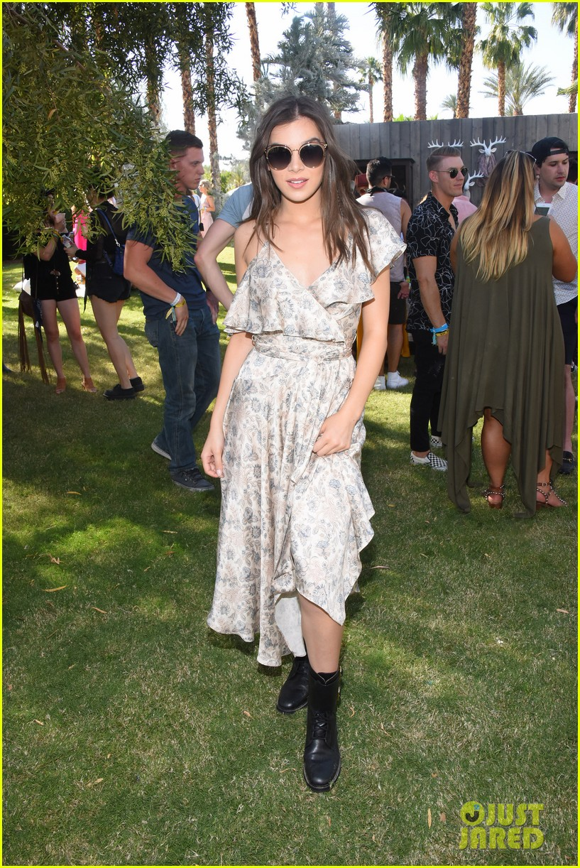 hailee steinfeld jamie chung attend winter bumbleland party during coachella 023886802
